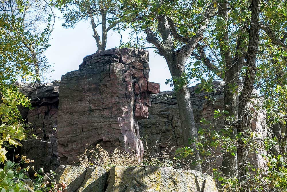 Stone face rock feature in Pipestone